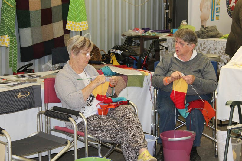Elmore Field Days 2015 knitting