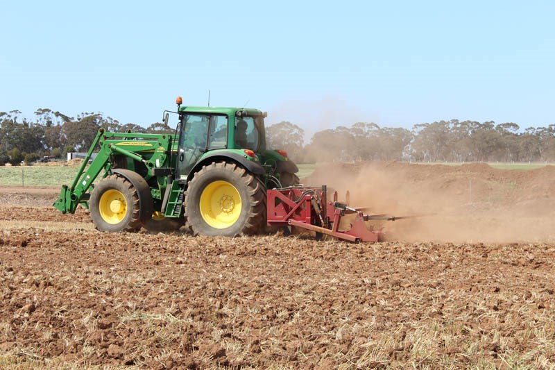 Elmore Field Days 2015 tillage demo