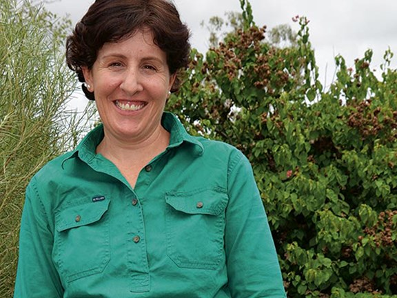 Farmer Emma Robinson is the winner of a 2015 Churchill Scholarship and RIRDC Queensland Rural Women's Award for 2016.
