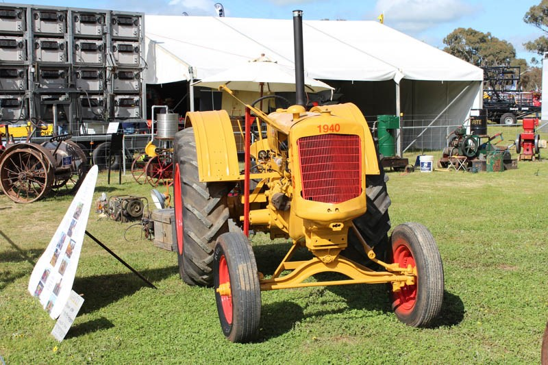 Henty Machinery Field Days vintage tractor 2