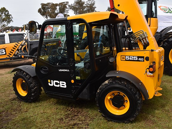 The JCB Loadall 525.60 telehandler features a two-speed hydrostatic transmission as well as three selectable four-wheel steering modes