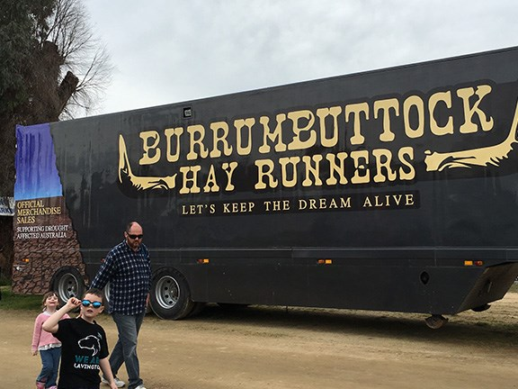 The Burrumbuttock Hay Runners continue to support farmers throughout drought-affected parts of Australia