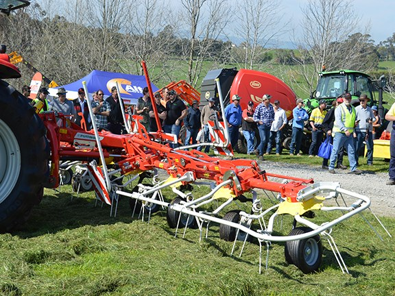 The Pottinger HIT 8.91eight-rotor tedder is the largest in the series and was one of the many machines demonstrated on the day.