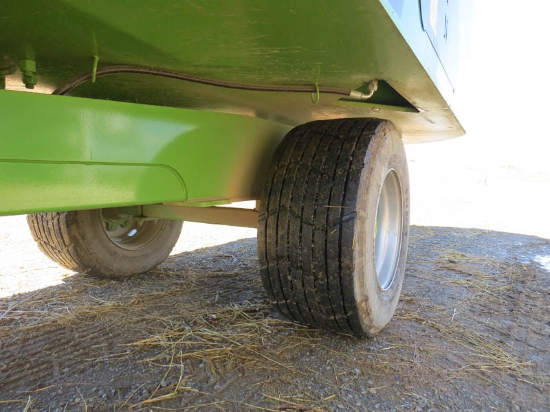 Magnum Double 2000 tyres 3263