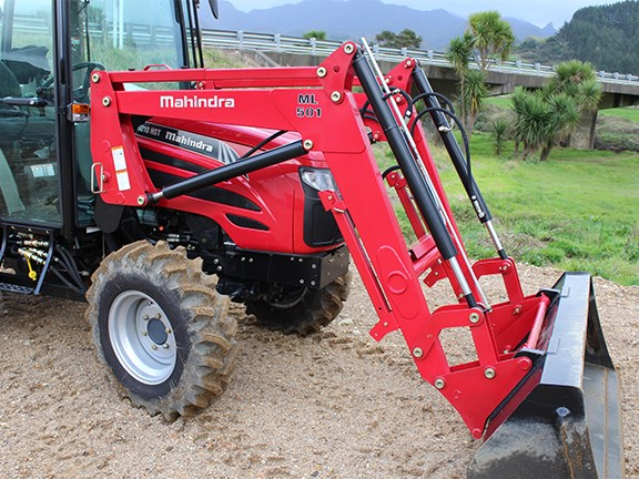 The Mahindra ML 504 loader on the front is very well built.