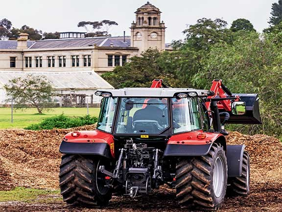 Victoria's Werribee Mansion made for a very pleasant worksite for the 2016 Top Tractor Shootout.