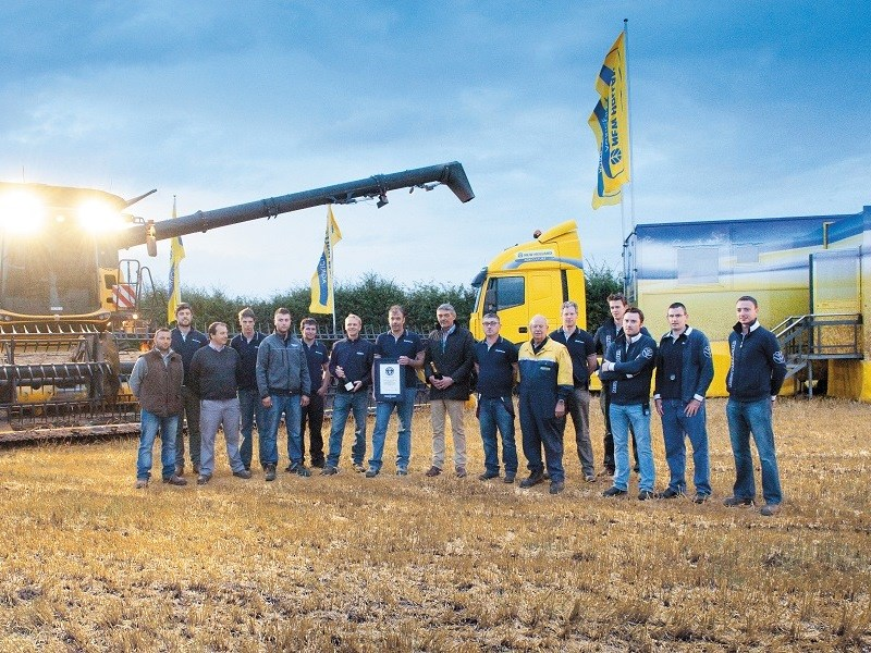 New Holland CR10 90 world record