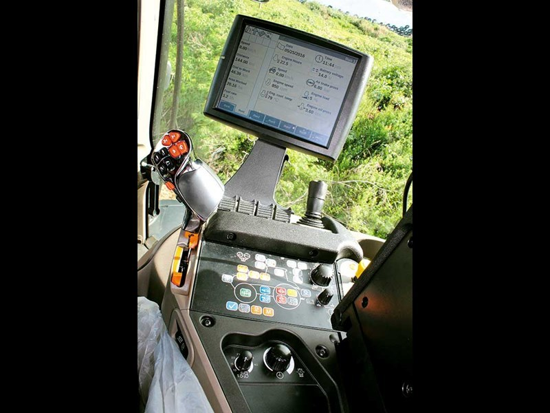 The AFS Pro 700 touchscreen.