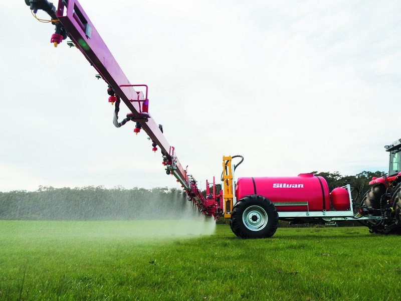 Silvan 3000 litre pasture sprayer