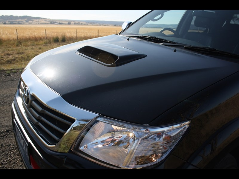 Toyota Hilux Black edition 2014 2