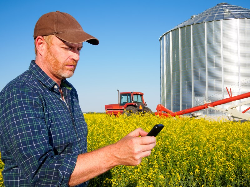 WFI Farmer Mobile Phone 800x600