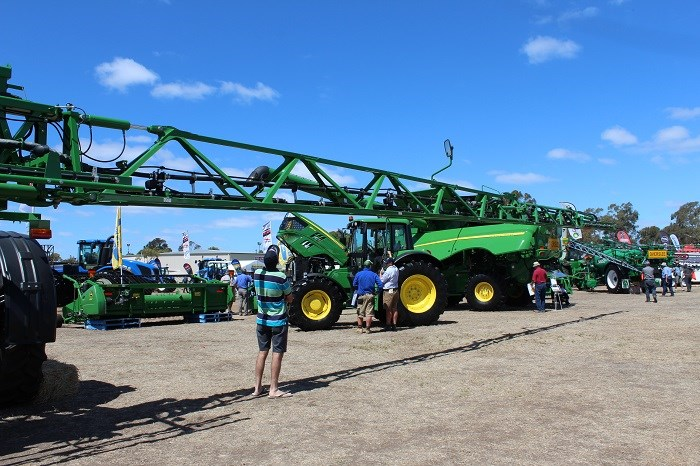 Wimmera field days John Deere