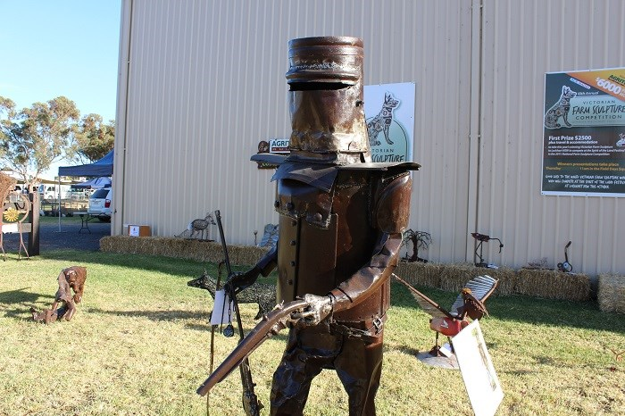 Wimmera field days farm sculpture 3