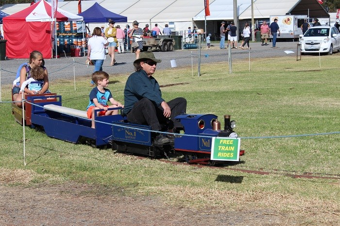 Wimmera field days free train rides