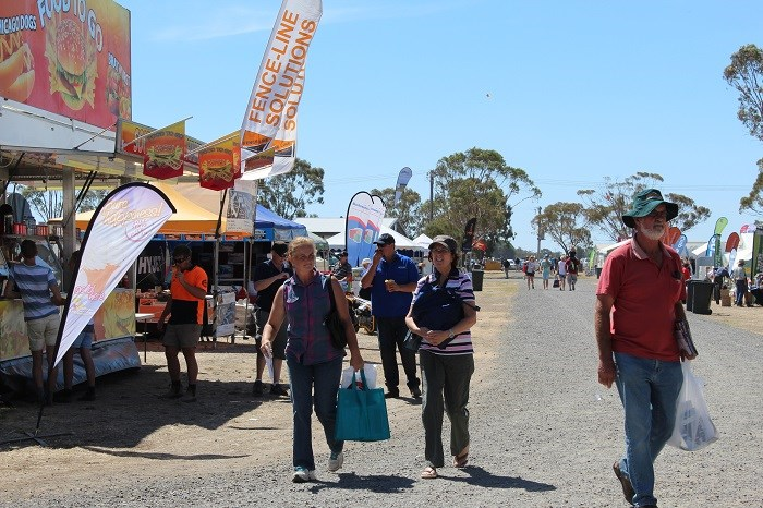 Wimmera field days visitors2