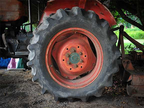 Your tractor will not perform as it should unless it has the right tyres fitted and they are kept at the correct pressure.