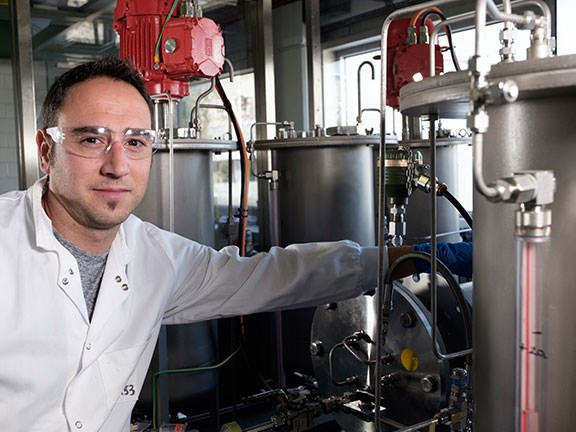 Dr Ivan Martinez Botella working at CSIRO's new FloWorks Centre of Industrial Flow Chemistry.