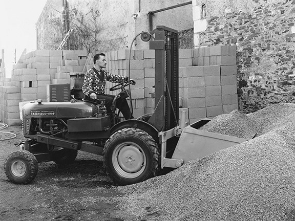 The old: Manitou's 1958 rough-terrain forklift truck ...