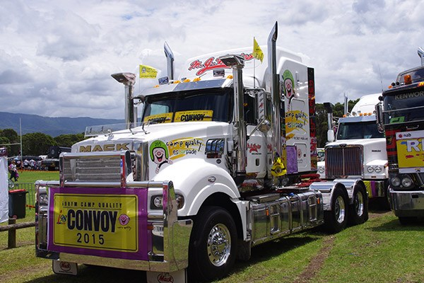 One of MJ Rowles' Mack Super-Liners.