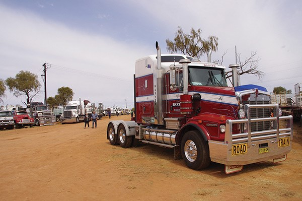 This Kenworth owned by 2015 Shell Rimula Wall of Fame inductee Kel Baxter found a temporary home in the back paddock.