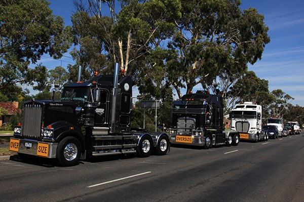 Camp Quality Convoy Geelong TradeTrucks21