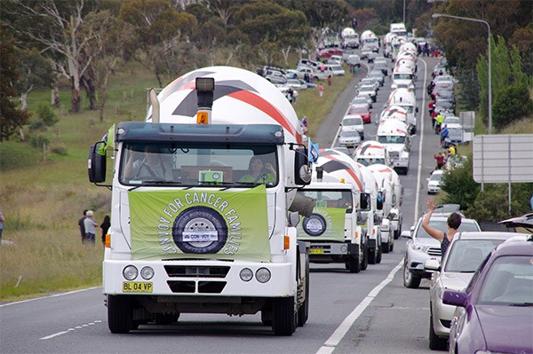 Canberra Convoy Cancer Families 2015 event TradeTrucks2