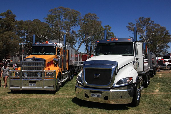 Castlemaine Rotary Truck Show 2015 Events TT11