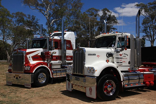 G&J Travis Transport's Best Classic-winning Kenworth S2 (right).