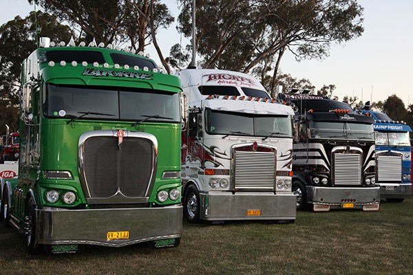 Castlemaine Rotary Truck Show 2015 Events TT21