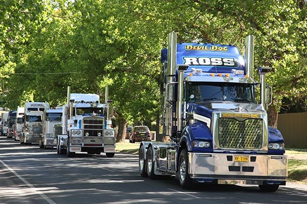 Castlemaine Rotary Truck Show 2015 Events TT7