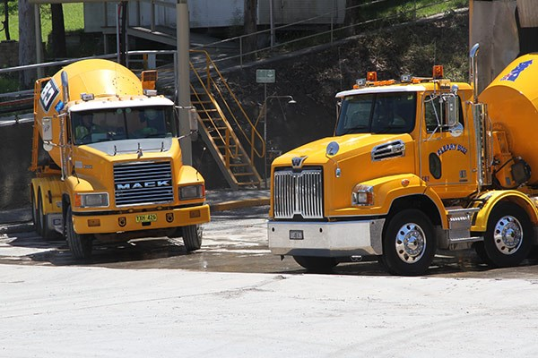 Agitator action: Mack has the bulk of the Cleary business but it's certainly not exclusive. Western Star's 4700 (right) has made a strong impression in the agitator fleet.