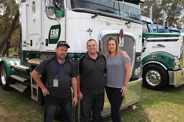 Lisa Niles joined Kenworth drivers Daniel Guppy, left, and Brad Russell from Edward River Haulage. Daniel drove a K200 and Brad a T909.