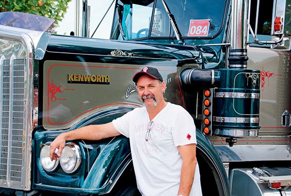 Chris Pezzutti's 1984 W Model Kenworth.