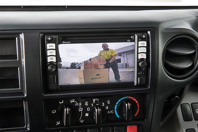 Hino Reversing Camera Safety TradeTrucks2