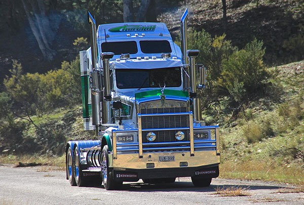 A sparkling 1990 Kenworth T650 from Churchill Transport at Holbrook.