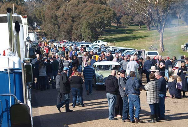 About 300 people stopped for morning tea on Sylvia's Gap Road. Photo by John Cant.