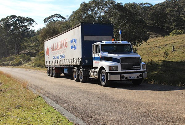 John Cant and his son Richard Cant travelled from Sydney in Allalong's International S3600.
