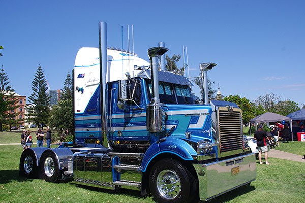 Anthony Napoli from AMJ Transport drove this smart Western Star 4800.