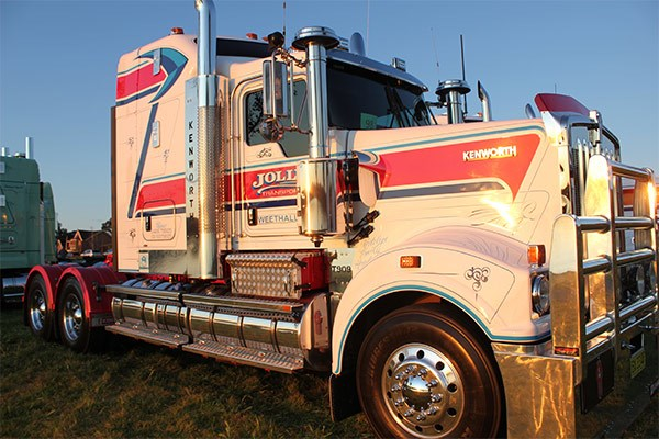 Jolly Transport's T909 won the Best Working Truck award.