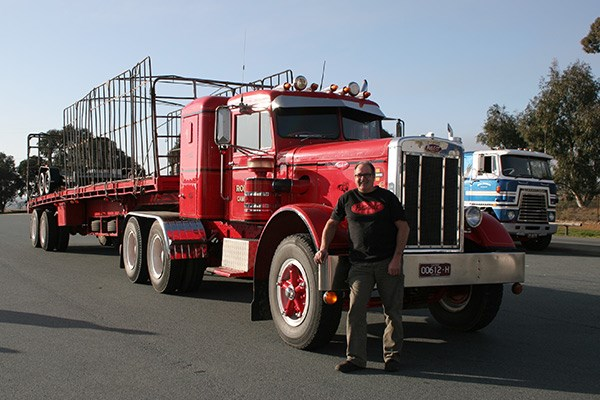 Robert French drove his 1964 Peterbilt 351 in the first Haulin' the Hume in NSW in 2011.