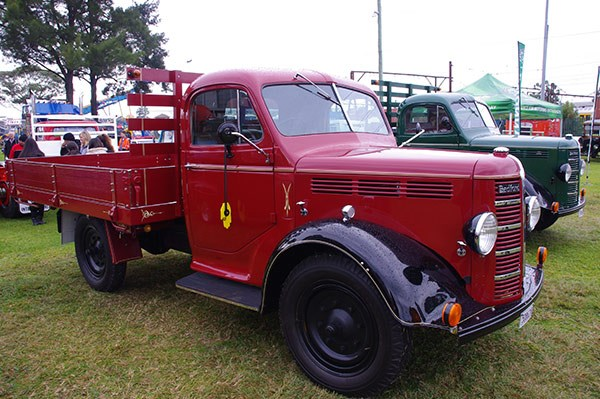 There was no shortage of old Bedfords on show.