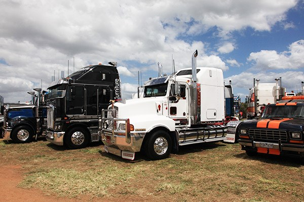 PJA Haulage's white Kenworth T601 not only picked up the Best Prime Mover 17 to 25 years award, it also was voted Rig Of The Show.