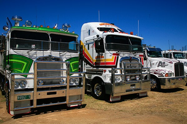 Budget Tennis Courts' prize-winning K100 (left) alongside Michael Burr's K200 which won Best Prime Mover 1-3 Years.