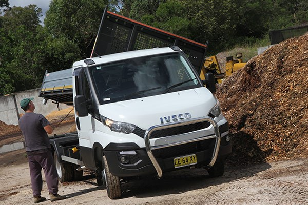 iveco daily tipper review tt7