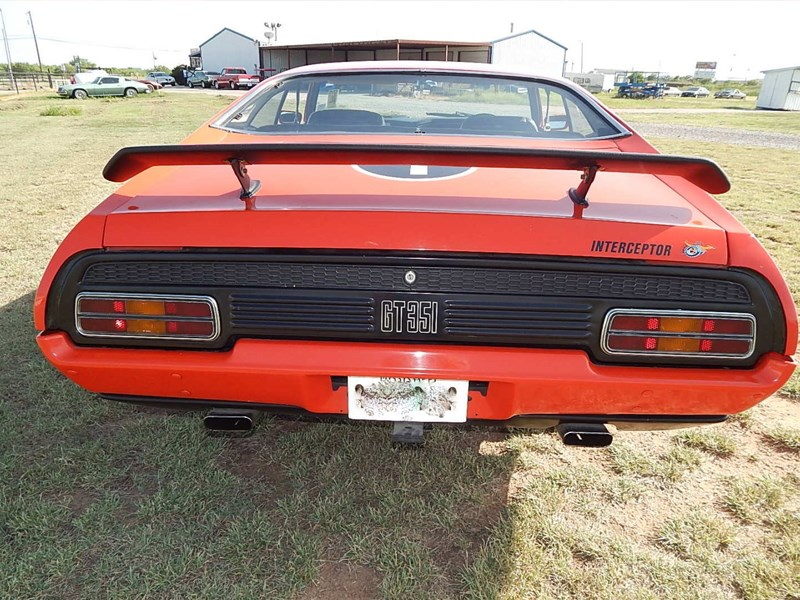 xb falcon in the usa rear