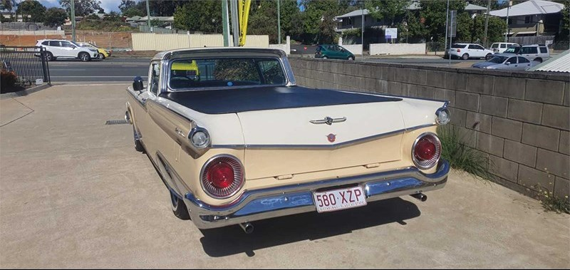 Ford Ranchero rear side