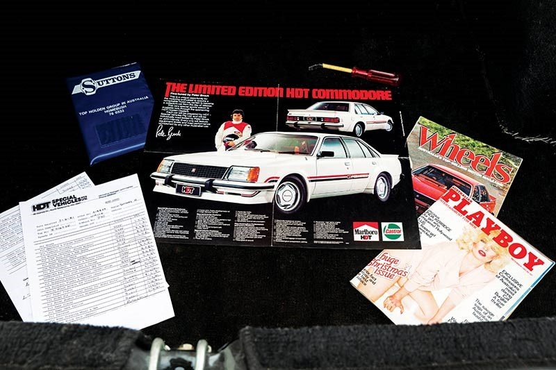 hdt vc commodore brochures