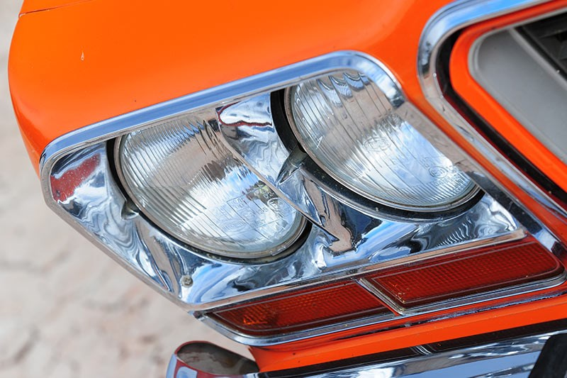 chrysler cl charger headlight
