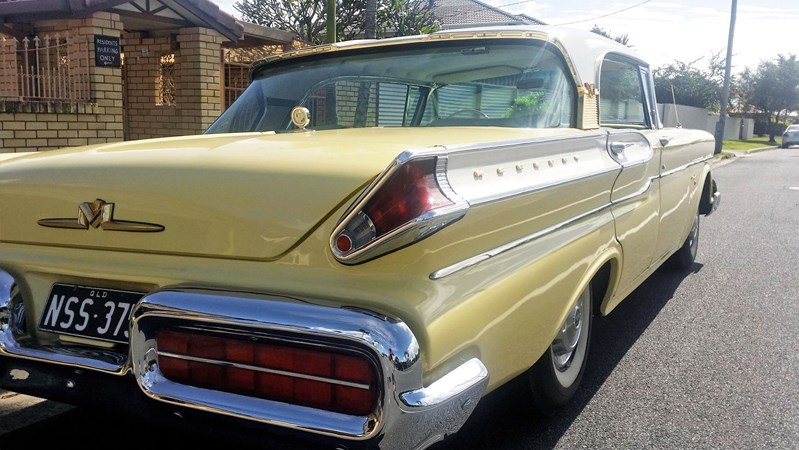 Mercury Turnpike Cruiser rear side