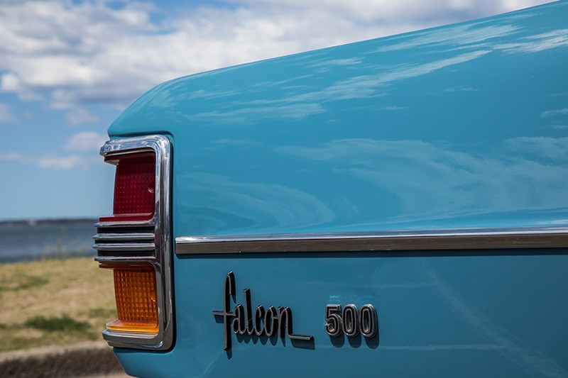 ford falcon xy rear badge